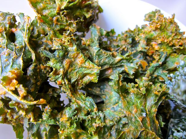 Dijon Dill Kale Chips